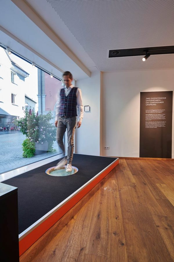 12259_200-J-Ausstellung_012_by_Marcel-Hagen_studio2206